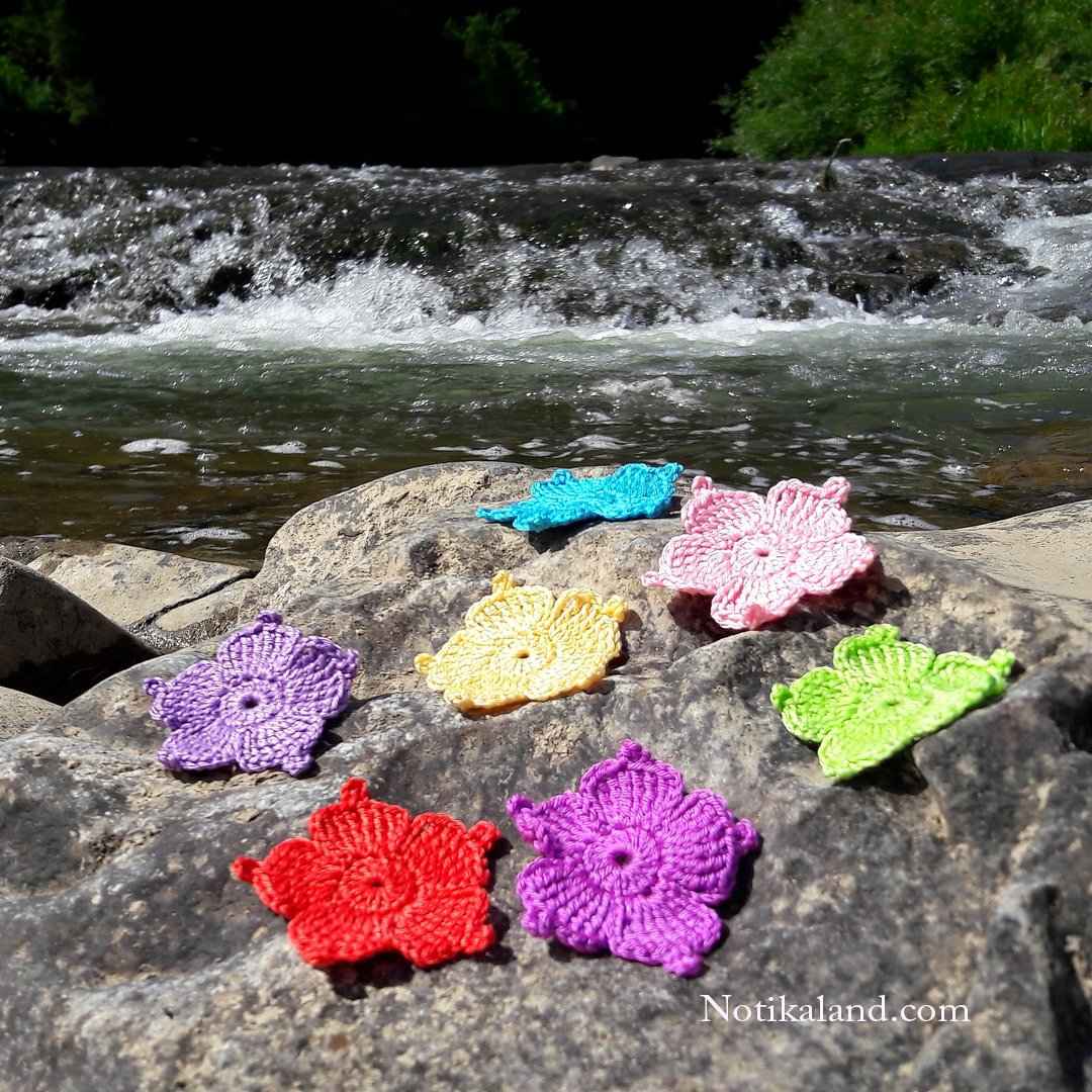 Crochet Applique. Flower motif 1