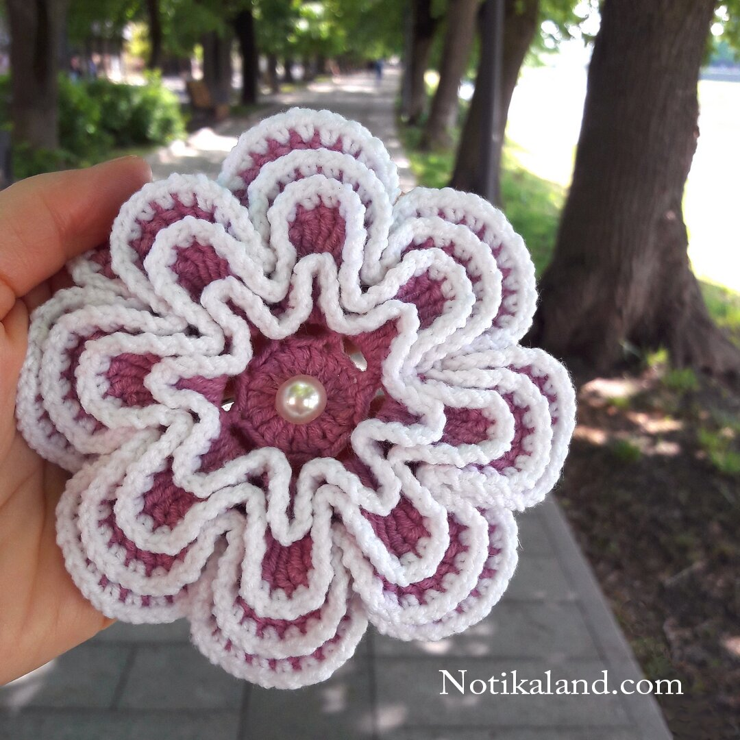 crochet doily with flower motif diagram
