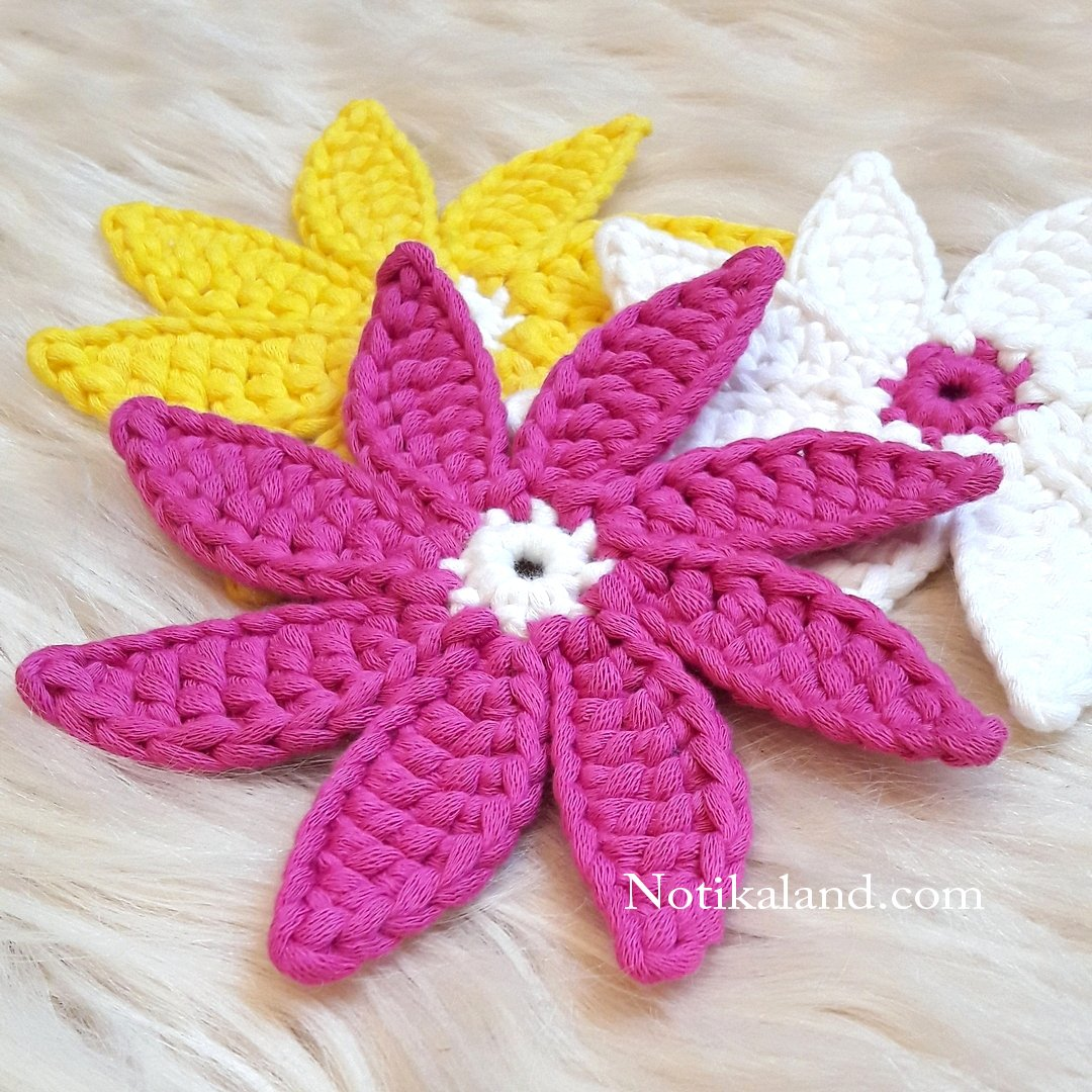Crochet. Flower. Coaster.